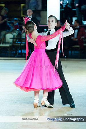 Wedstrijdkleding-stijldansen-ballroom---Dance-Fit