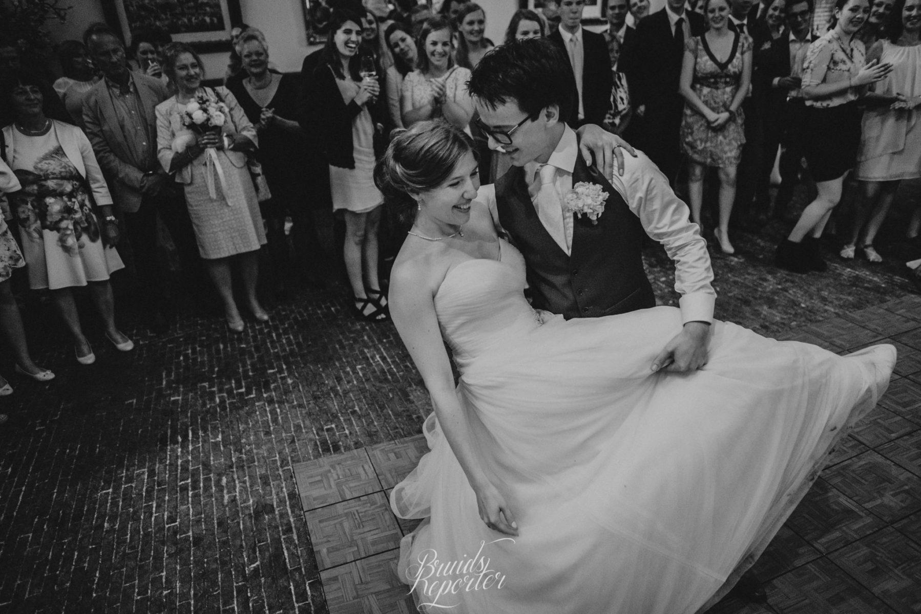 Dansschool Dance Fit Openingsdans Stefan en Tess - copyright Bruidsreporter
