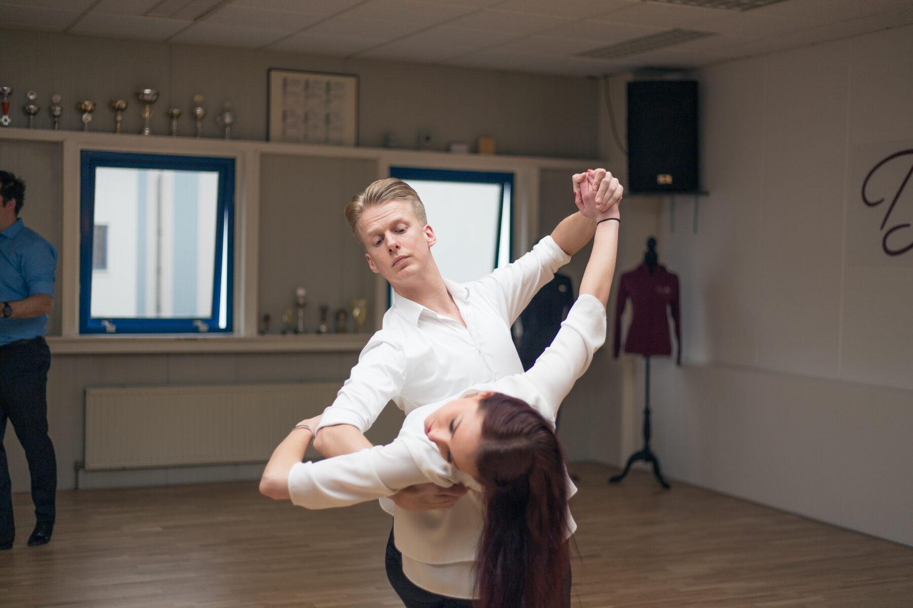 Wisselen van danspartner bij stijldansen als wedstrijdsport
